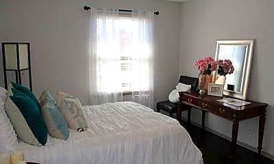 Bedroom, Campus Walk, 2