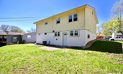 Building, 4527 N Main St, 2