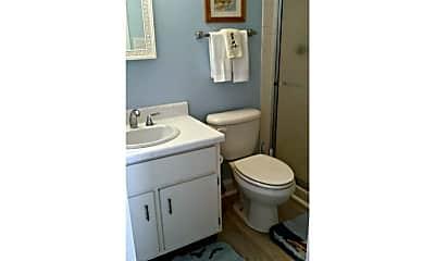 Bathroom, 601 N Atlantic Ave 703, 2