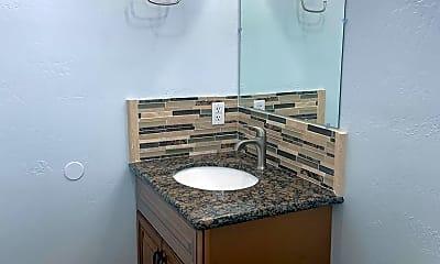 Bathroom, 117 Logan St, 2