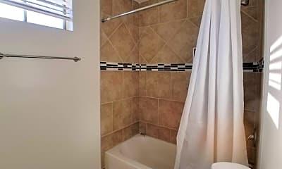 Bathroom, 461 W 2nd St, 2