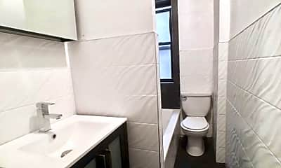 Bathroom, 32 Arden St, 2