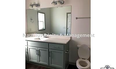 Bathroom, 305 Brooke Ct, 2