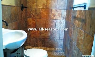 Bathroom, 14 W Las Animas St, 2
