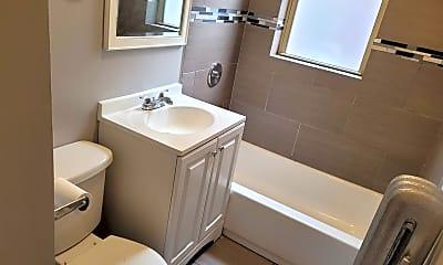 Bathroom, 7816 S Cornell Ave, 0