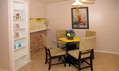 Tanglewood Place Apartments, 1