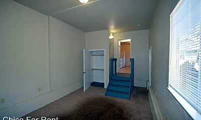 Bathroom, 1146 Warner St, 2