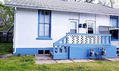 Building, 608 W 18th St N, 1