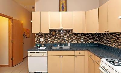Kitchen, 5640 N Ashland Ave, 1
