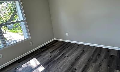 Living Room, 5685 Tamarack Blvd, 2