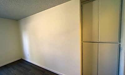 Living Room, 11438 Killion St, 2