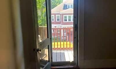 Patio / Deck, 158 Ashmont St, 2