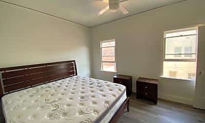 Bedroom, 630 S Cochran Ave, 2