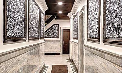 Patio / Deck, 520 W 184th St, 2