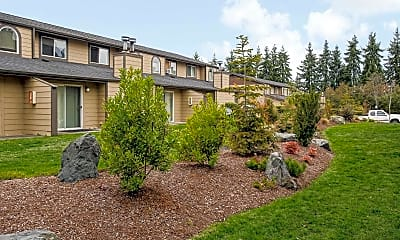 Landscaping, Briarview Apartments, 0