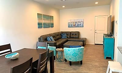 Living Room, 518 Heron Ln, 1