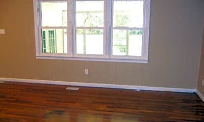 Living Room, 1020 Cherokee St, 1