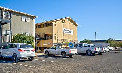 Building, Toledo Court, 2