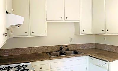 Kitchen, 425 N Holliston Ave, 1