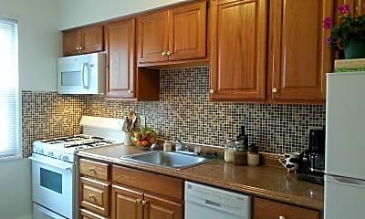 Kitchen, Rivercroft Apartments & Townhouses, 0