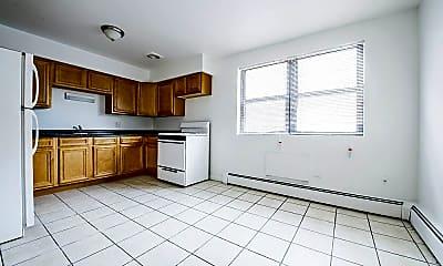 Kitchen, 8231 S Ellis Ave, 0