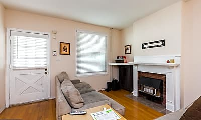 Living Room, 229 Baldwin St, 1