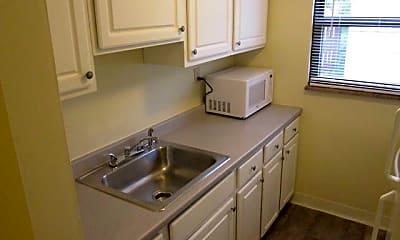 Kitchen, 29 Cedar Blvd, 1