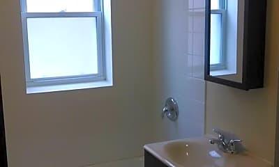 Bathroom, 4014 W Melrose St, 2