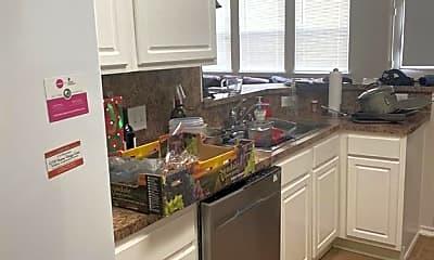 Kitchen, 25207 Bentley Glen Ln, 2