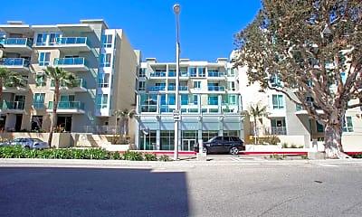 Building, Capri Apartments, 0