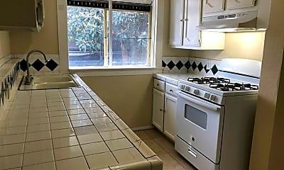 Kitchen, 749 William St, 1