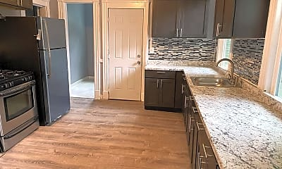 Kitchen, 219 Woodlawn Terrace, 1