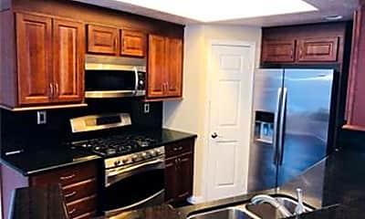 Kitchen, 56 Prairie Falcon, 2