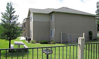 Building, College Park Apartments, 1