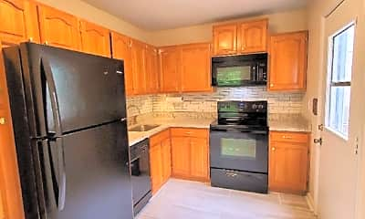 Kitchen, 18 Hartack Ct 22I, 1