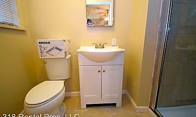 Bathroom, 1212 Fairfield Dr, 2