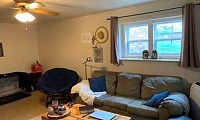 Living Room, 146 Madison Cir, 1