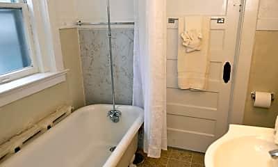 Bathroom, 3619 Wyandotte St, 2
