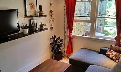 Living Room, 86 B St E, 0