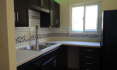 Kitchen, 830 Jenkins Blvd S, 0