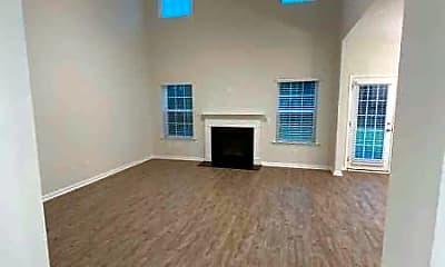 Building, 826 Redbud Ln, 1