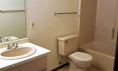Bathroom, 2750 Humboldt Rd, 2