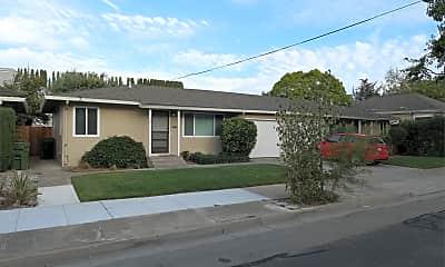 Building, 587 Isabella St, 2