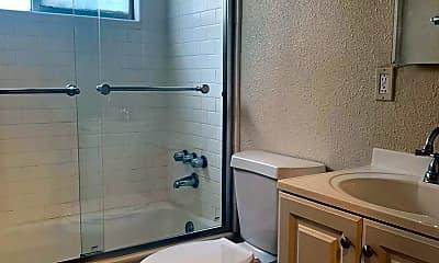 Bathroom, 231 E San Fernando St, 2