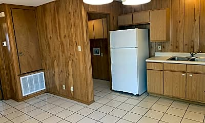 Kitchen, 1407 Ford St, 1