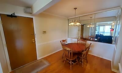 Dining Room, 800 N Lakeside Dr 3C, 1