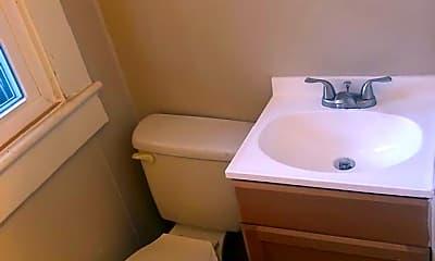 Bathroom, 165 Webster Ave 2, 2