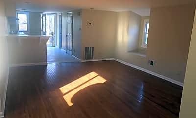 Living Room, 15616 National Pike, 0