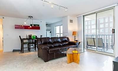 Living Room, 1212 N LaSalle St, 0