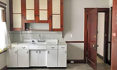 Kitchen, 12702 Griffing Ave, 1